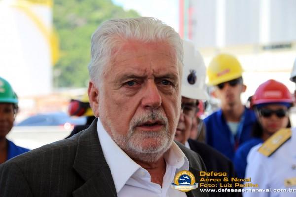 Ministro-da-Defesa-Jaques-Wagner