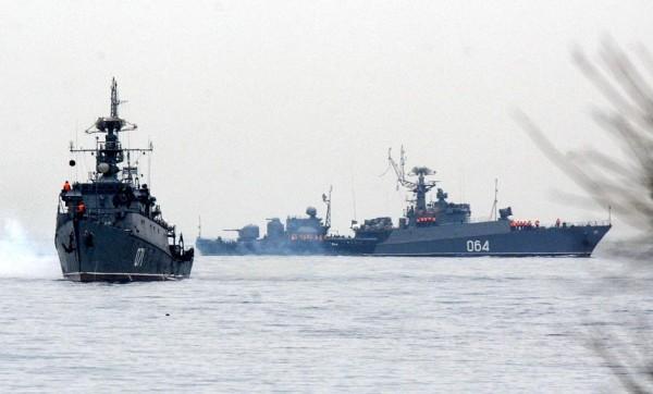 Navios russos estão indo em direção à Ucrânia
