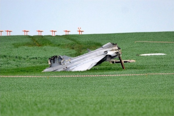 Gripen_crash_02