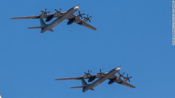 Tu-95 x 2-1
