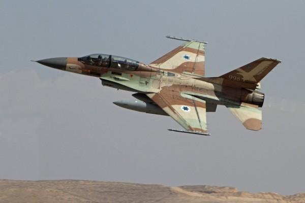 F-16B IAF  Foto:Ofer Zidon/Flash90