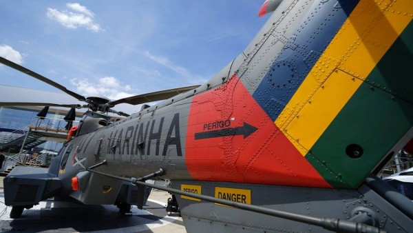 UH-15_PAS_02
