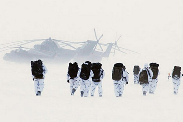O início de exercícios militares em grande escala no Ártico se deve às alterações da nova doutrina marítima da Rússia. Foto:Serguêi Kuksin/ Rossiyskaia Gazeta