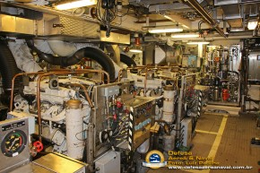 HMS-Vinga-casa-de-máquinas-2
