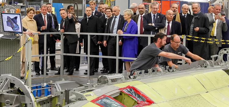 Estocolmo-Suécia, 20/10/2015. Presidenta Dilma Rousseff, durante visita à fabrica da SAAB. Foto: Roberto Stuckert Filho/PR