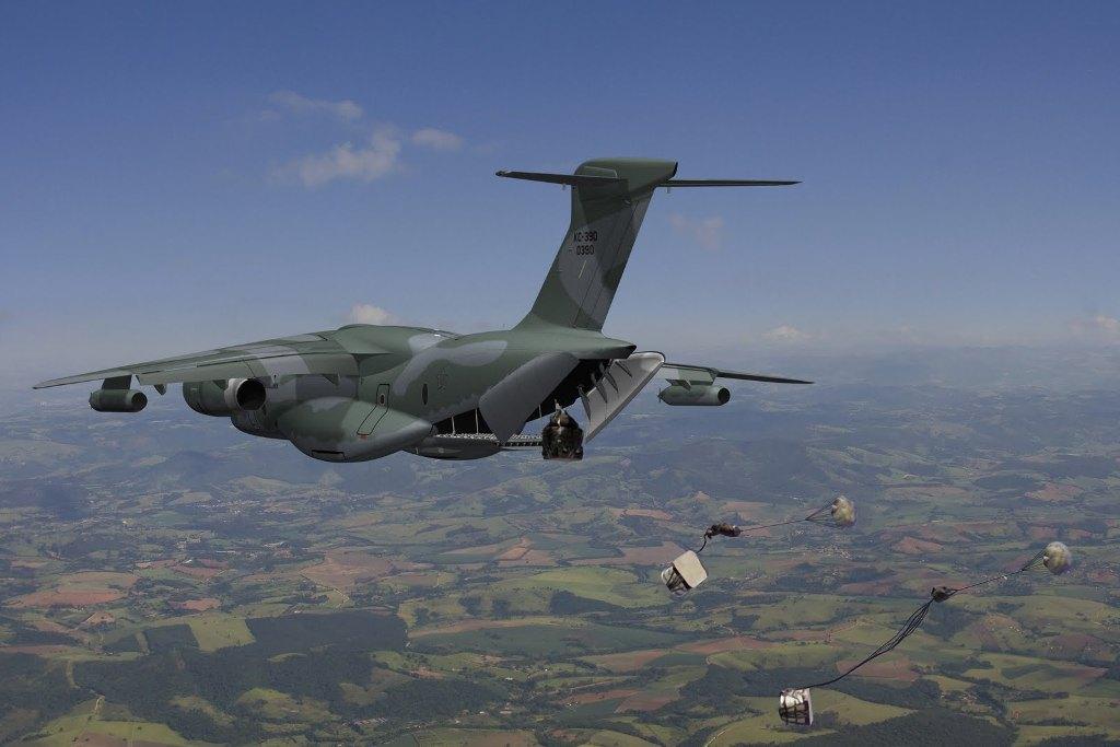 7-Cargas-KC-390