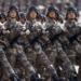 Tropas chinesas na parada militar em Pequim / Reuters / Rolex Dela Pena