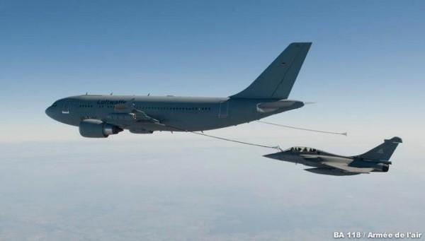 A310-MRTT-e-Rafale-foto-Força-Aérea-Francesa