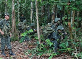 Combate na selva carioca - foto Cel Fernando Montenegro