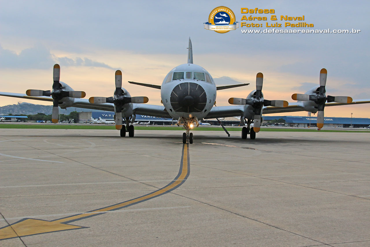 P-3Br