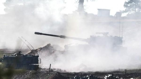 Tanques turcos disparam contra posições curdas na Síria