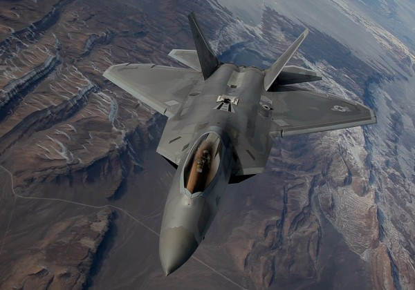Red Flag 16-1: F-22 Raptor refuel