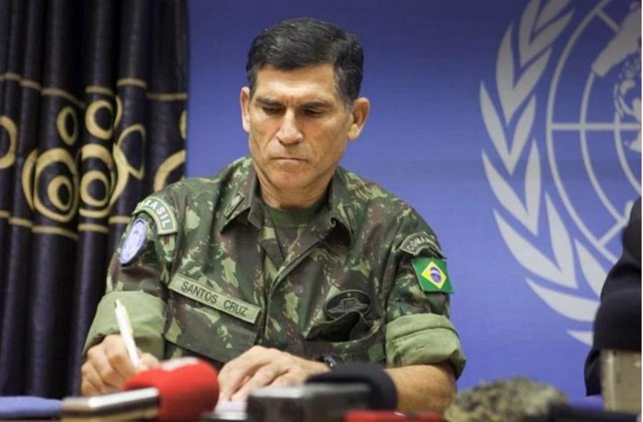 General-Carlos-Alberto-dos-Santos-Cruz1