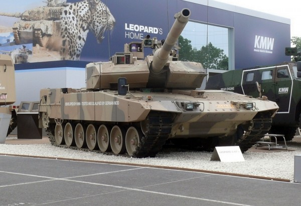 Leopard_2_A7,_Eurosatory_2010
