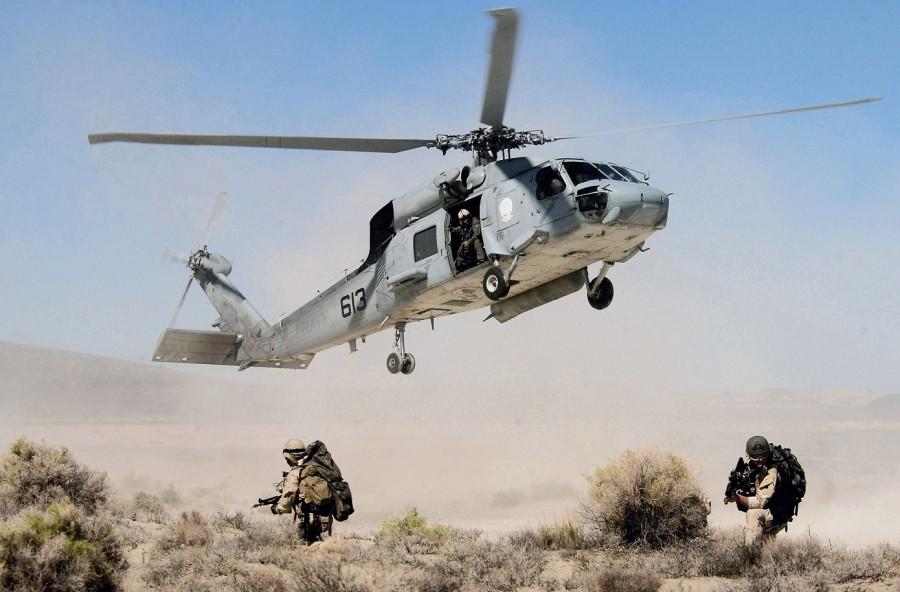 seals-seahawk-takeoff-hr