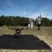 Jacob Regenstein e Ben Krosner participam de teste com drone no Estado americano de Massachusetts Foto Hilary Swift