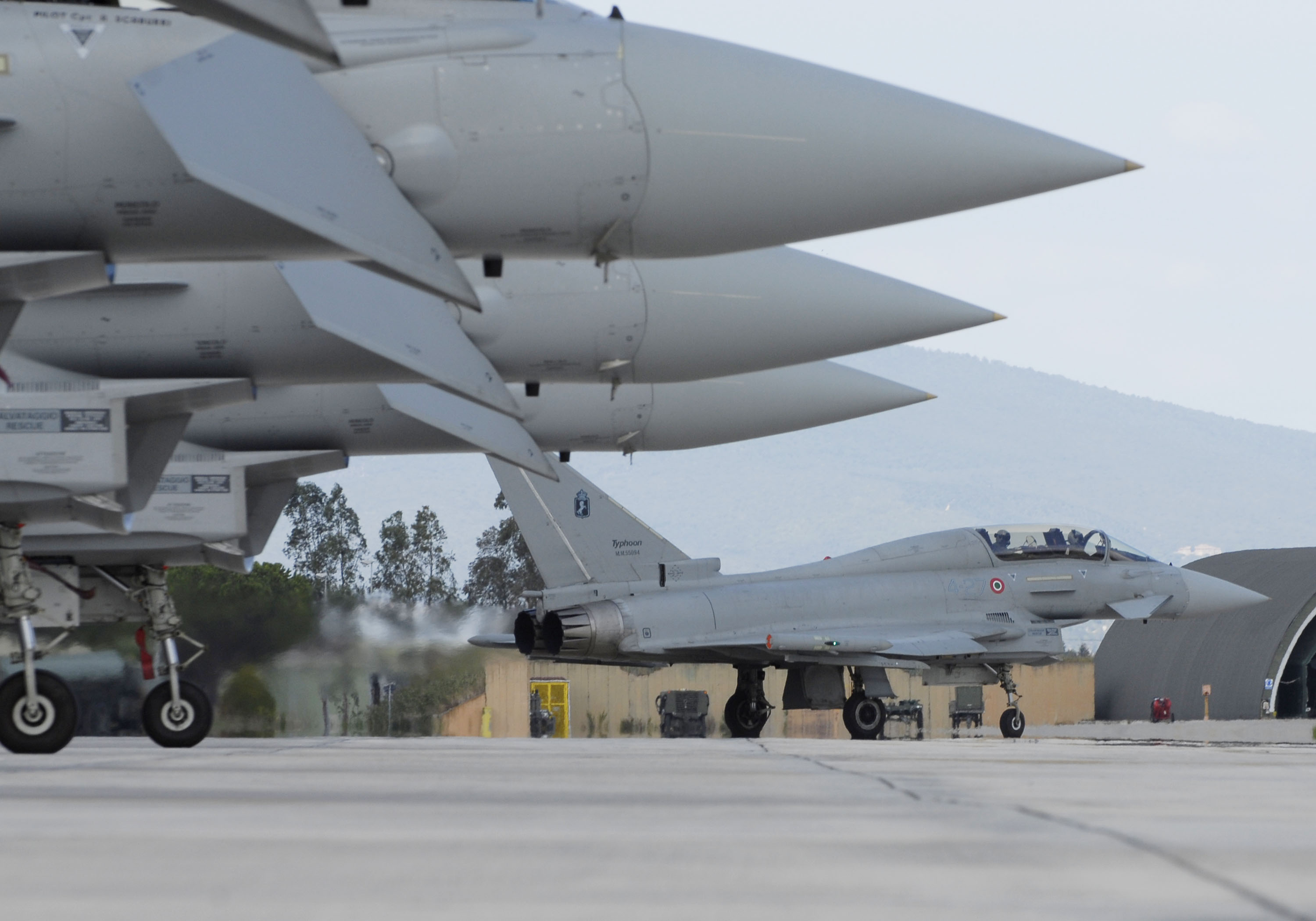 ITAF ground operations  of Eurofighter Typhoon at Grosseto, Italy. all 3 Italian Air Force Squadrons took part in the fly past. no 9, 12 and 20 Squadrons from Grosseto and Gioia del Colle.