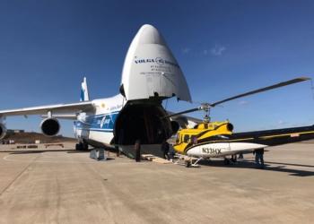 Antonov-124 levou quatro helicópteros ao Chile (Foto: Twitter/Conaf)