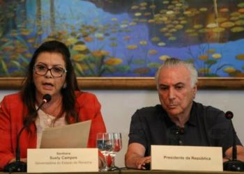 Temer e a governadora Suely Campos, em Boa Vista: presidente vai tratar da questão da entrada de venezuelanos no Estado (Beto Barata/Agência Brasil)
