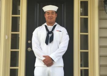 Aprendiz de marinheiro Joseph Min Naglak, 21 anos, foi morto depois de ser atingido por uma hélice de avião a bordo do USS George H.W. Bush na segunda-feira, 18 de setembro de 2018.