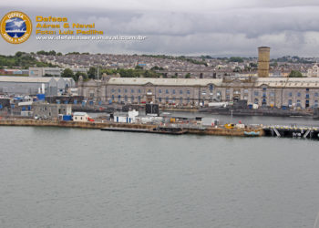 Submarinos Nucleares em Devonport-UK