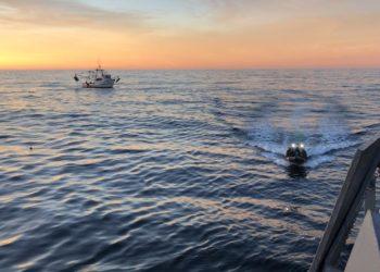 """Grupo de visita e inspeção do navio-patrulha """"Benevente"""" na área marítima do Chuí-RS"""