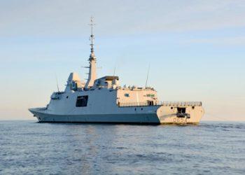 Fragata FREMM Auvergne em operação