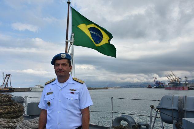 O Contra-Almirante da Marinha do Brasil Eduardo Augusto Wieland quando comandou a Força-Tarefa Marítima da Força Interina das Nações Unidas no Líbano. (Foto: Marinha do Brasil)