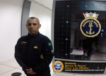 Comandante do submarino Riachuelo, capitão de fragata Edson do Vale Freitas