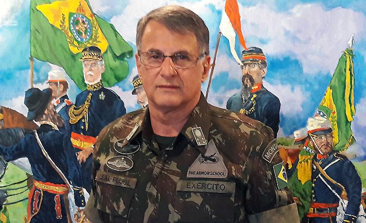 Comandante do Exército Brasileiro General de Exército Edson Leal Pujol