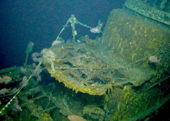 O USS Grayback afundou em fevereiro de 1944, depois que uma aeronave japonesa o atingiu com uma bomba de 500 libras PROJETO TIM TAYLOR-LOST 52