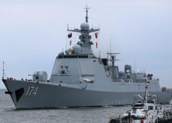 "Destróier Type 052D ""Hefei"" - Foto Igor Zarembo"