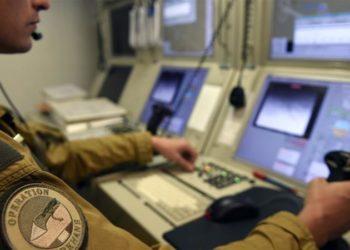 A França tem cerca de 4.500 soldados destacados como parte de sua missão antiterrorista na região do Sahel [AFP]