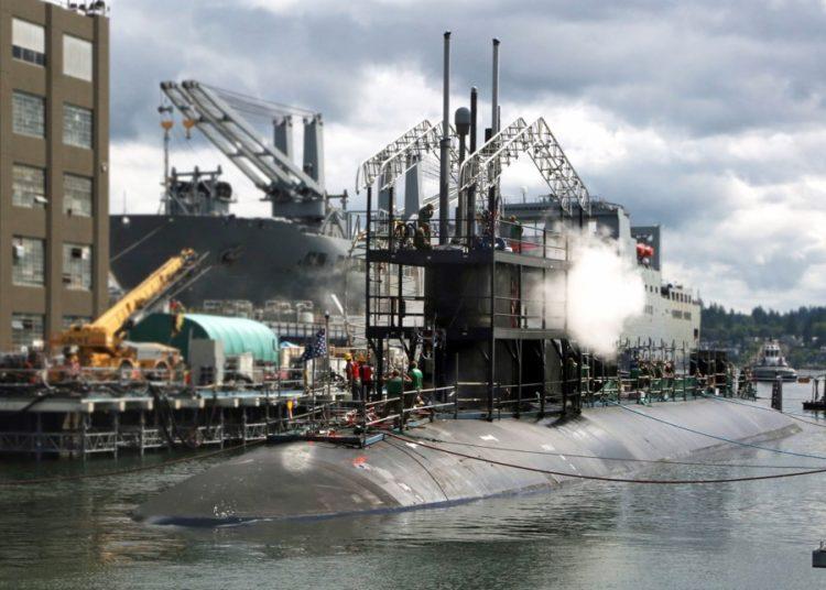 USS Connectitcut  em Bremerton, Washington- Foto Max Maxfield