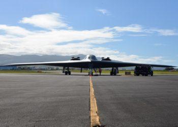 Bombardeiro B-2 Spirit da Força Aérea dos EUA  Campo de Lajes, Açores, Portugal, Foto Rocky Baptista