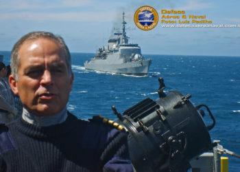 CA Rodolfo Saboia (RM-1) quando ainda era comandante do 1º Esquadrão de Escoltas