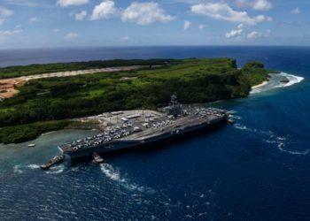 USS Theodore Roosevelt em Guam