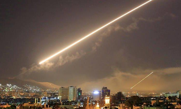 Defesa antiaérea da Síria atua ante ataque de israel