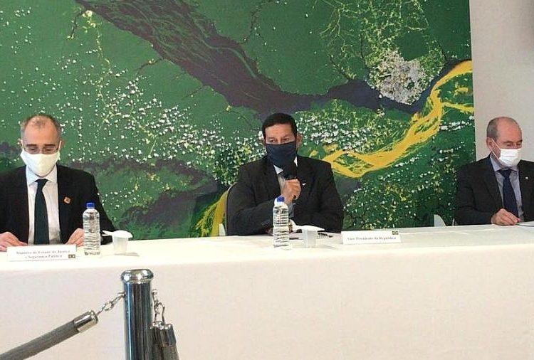 VP general Hamilton Mourão, comenta aplicação das Forças Armadas em operação na Amazônia Foto Rubens Valente/UOL