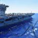 Porta-aviões norte-americano USS Nimitz é reabastecido no Mar do Sul da China 07/07/2020 Marinha dos Estados Unidos/Christopher Bosch/REUTERS