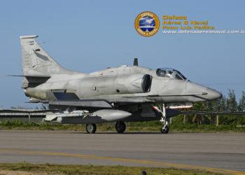A-4AR Fightinghawk C-929  (Foto meramente ilustrativa)