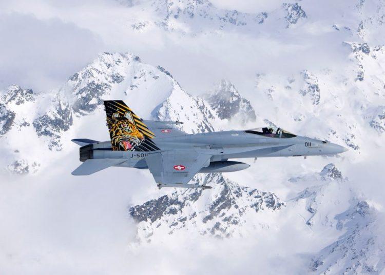 F-18 Hornet da Força Aérea Suíça - Foto Schweizer Luftwaffe
