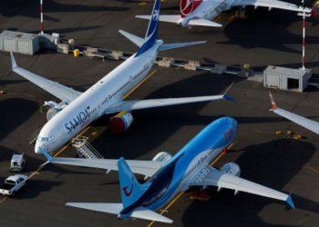Boeing 737 MAX parados no pátio da fábrica. FOTO: Lindsey Wasson/Reuters