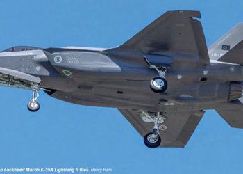 1º caça F-35 da Turquia em testes de voo