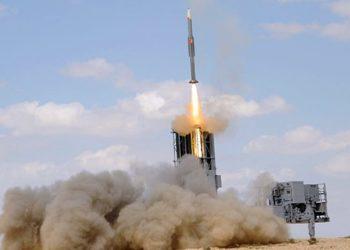 Sistema de defesa antiaérea BARAK MX da IAI