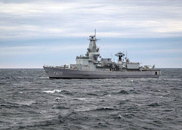 Fragata HNLMS Van Speijk - Foto Cameron Stoner