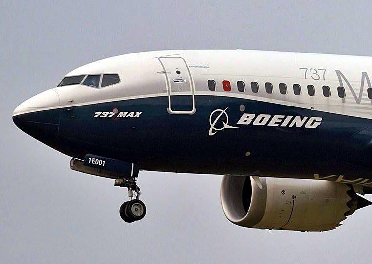 Boeing 737 MAX - Foto  ELAINE THOMPSON