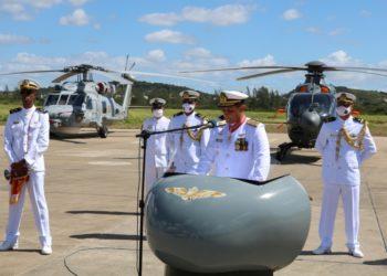 CAlte Alvarenga, Comandante da Força Aeronaval.