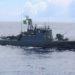 """NPa """"Grajaú"""" realiza Operação de Busca e Salvamento e resgata dois  pescadores a bordo de jangada na área marítima de Fortaleza (CE)"""