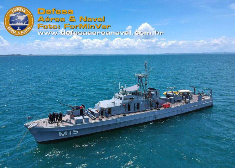 """O contrato firmado prevê a manutenção inicial do Navio-Varredor """"Aratu"""""""